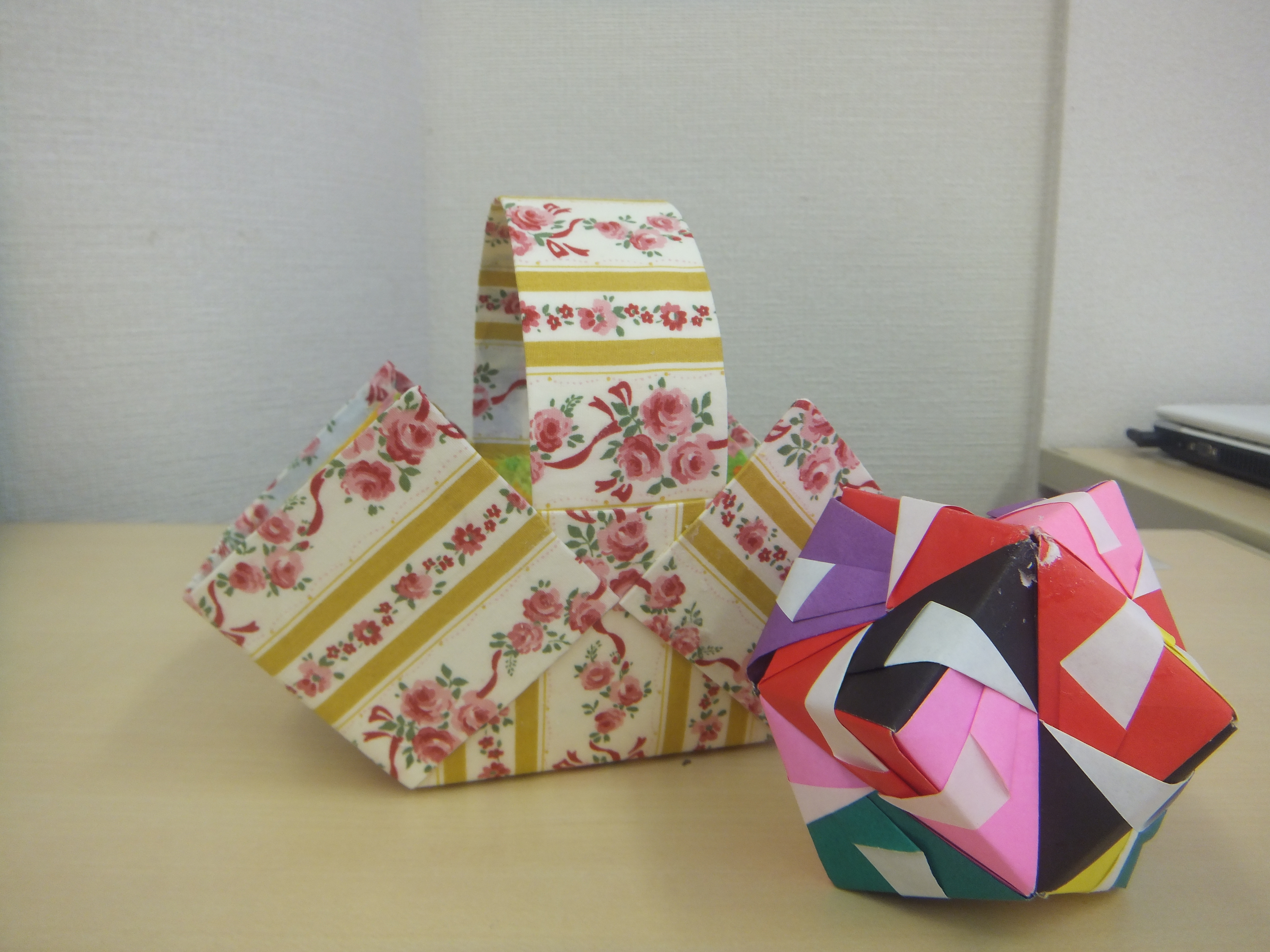 すべての折り紙 折り紙 簡単 可愛い : 牛乳パックの小物入れ